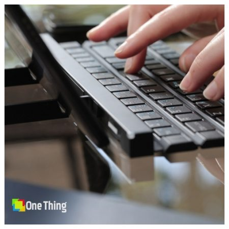 Rolly Rollable Portable Wireless Bluetooth Keyboard (4)